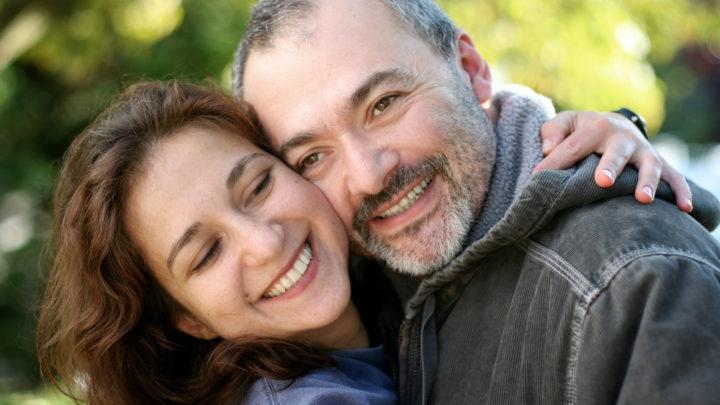 Существует ли секс после 45? Секс после 45 - полезно и нужно. Занятие сексом укрепляет иммунную систему,  благотворно влияет на женское здоровье в целом.