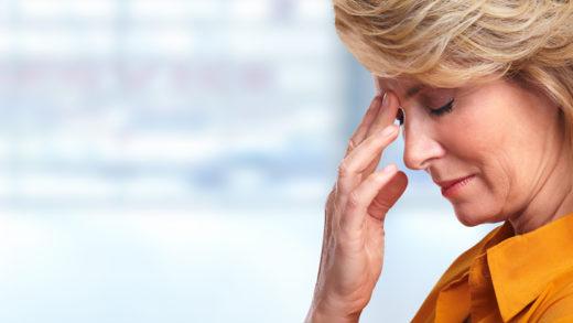 Пульсирующая боль в висках и затылке? Болит одна половина головы? Темнеет в глазах? Это симптомы гипотонии. Каковы ее причины и что делать – в нашей статье